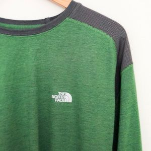 NWT The North Face Men's Long Sleeve Shirt Size L